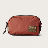 Filson Ballistic Travel Pack Rusted Red